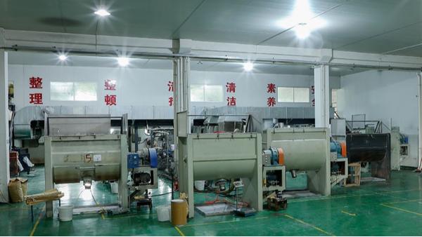 国丰塑业产品生产车间